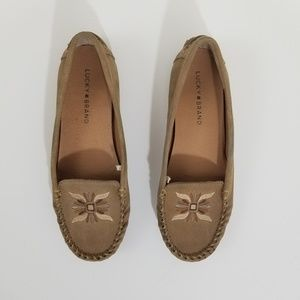Lucky brand Ailee 2 embroidered tan moccasins 8